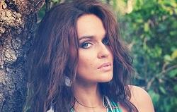 Телеведущая Алена Водонаева подала на развод и снялась в образе дикарки (ФОТО)