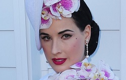 Dita Von Teese Biography (Дита Фон Тиз Биография) американская модель, актриса, певица, бывшая Мерлина Менсона